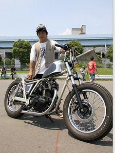 カワサキ 250TR ストリートスナップ 岡野 光夫さん【STREET-RIDE】ストリートバイク ウェブマガジン