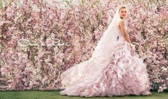 A wedding dress like a rose - Oscar de la Renta In Garden Style cooperation