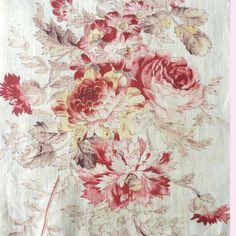 Vintage fabric and haberdashery: Rag Rescue - Vintage French fabric with a roses de. Shabby Chic Fabric, Linen Fabric, Fabric Wallpaper, Pattern Wallpaper, Shabby Vintage, French Vintage, Vintage Fabrics, Vintage Patterns, Farmhouse Fabric