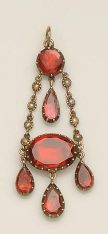 A Georgian garnet and pearl pendant