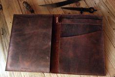 Ipad leather case. Oiled leather Ipad case. door JustWanderlustShop, $220.00
