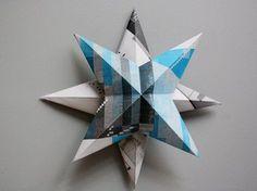 Die Idee zum 3-D-Stern habe ich in einem Werbe-Adventskalender entdeckt! Das Bild vom Stern hat mich so angelacht, dass ich ihn spontan nachbasteln musste – erstens, weil ich Basteleien aus Papier liebe und zweitens, weil ich wissen wollte, ob ich einen 3-D-Stern hinkriege. So viel steht fest: das kann jeder! Es ist ganz einfach!  Weihnachtsdeko aus Papier – schnell und simpel nachzubasteln! Ich habe für meinen Stern Papier aus einem Kunstmagazin verwendet. Das ergibt interessante Muster…