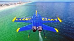 """Fuck normal piloting.. Its too Boring.. I'll pilot Upsidedown""  Sincerely, Blue Angels squadron -- This guys are nearly Aliens"