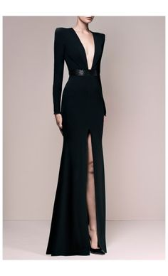 ALEX PERRY – PRE FALL 2015 – PREORDER HERE: http://www.precouture.com/en/crepe-long-sleeves-nadine-gown/9952-crepe-long-sleeves-nadine-gown.html PRECOUTURE.COM is the first European website offering the possibility to preorder the looks straight from the runway. Order your looks now and wear them before anyone else, before it hits stores !