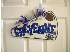 Cute DIY cheerleader gift - Jordan would love this! Think I'll have to make one for her.