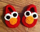 Elmo Booties by JillyBeanCrochet on Etsy Crochet Baby Boots, Crochet Bebe, Crochet For Boys, Crochet Shoes, Crochet Slippers, Cute Crochet, Crochet Crafts, Crochet Projects, Knit Crochet