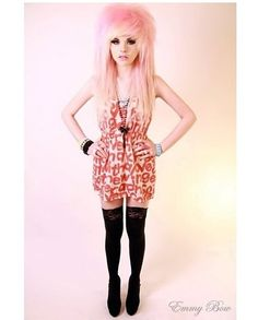 >.< I don't even..words...for her hair...this dress...agh!