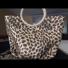 Cheetah print handbag New handbag never used. Avon Bags