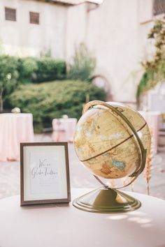 Pretty shades of blush, burgundy, peach and copper set the tone for Kevin + Holly's dreamy wedding at the Sonoma Golf Club in California. Their love for adventure and travel was the inspiration behind their stylish decor. From their guestbook . Copper Blush, Guest Book Sign, Colour Schemes, Wedding Inspiration, Wedding Ideas, Floral Arrangements, Signage, Wedding Styles, Vintage Inspired