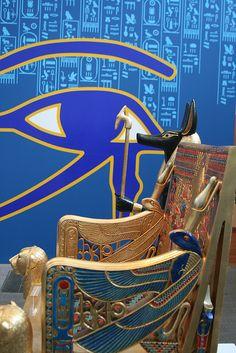 TOMB OF TUTANKHAMUN Ancient Egypt Art, Ancient History, Visit Egypt, Eye Of Horus, Egyptian Art, Ancient Civilizations, Photos, Egyptian Furniture, Royal Chair