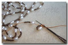 Je souhaite que ce tuto aide les perleuses à crocheter , pourvu qu'il soit assez clair ... je vous conseille toutefois de tester en...