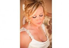 Debbie Verver is an airbrush make up artist who has 17 years of experience in the cosmetic industry. She provides on-location services for photo shoots and weddings to fashion shows.