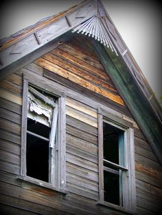 Happy Window Wednesday: Abandoned Homestead Windows by carliewired, via Flickr