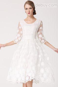 グラマラスプリンセスホワイトハーフスリーブドレス