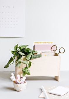 How to Create a Modern DIY Desk Organizer for Back to School and Beyond - DIY Projects Diy Craft Projects, Craft Tutorials, Fun Crafts, Diy And Crafts, Crafts For Kids, Diy Rack, Desk Organization Diy, Weekend Projects, Organizer