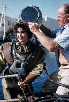 """yesterdaysprint: """" Scuba divers Heather McEwen and Al Hanson (who helped film Leagues Under the Sea), Catalina Island, August 1962 """" Diving Helmet, Diving Suit, Scuba Diving, Deep Diving, Technical Diving, Skin Diver, Deep Sea Diver, Scuba Girl, Leagues Under The Sea"""