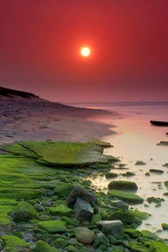 Sunrise, A beautiful morning at the shores of Kanyakumari, India:
