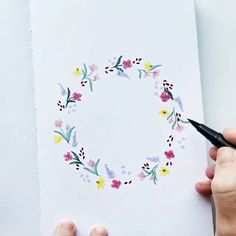 Creating florals wreaths is so much fun with Tombow Dual Brush Pens Shop Tombow brush pens at 3 with code Save it if you like this work cr - Tombow Brush Pen, Brush Pen Art, Bullet Journal Art, Bullet Journal Inspiration, Wreath Drawing, Painting & Drawing, Kunstjournal Inspiration, Lettering Tutorial, Easy Drawings