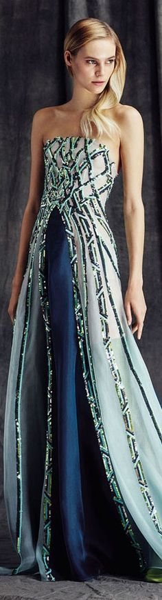 Fausto Sarli FW 2015/16 jαɢlαdy.  This dress is elegant.