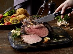 Roastbeef mit Pancetta-Kartoffeln und Pak-Choi-Gemüse Pak Choi, Steak, Food And Drink, Happy, Roast, Meat, Cooking, Potato, Warm Food