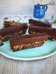 Chokoladetærte med peanutbutter - nem og vildt lækker glutenfri opskrift. --> Madbanditten.dk