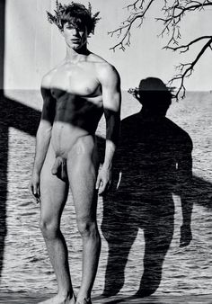 Scylla by Mariano Vivanco | Homotography