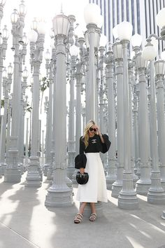 BELL SLEEVES & PEARLS // LACMA