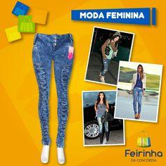Jeans Destroyed! Nada de jeans novinho nessa tendência. Quanto mais velha e surrada a peça parecer, melhor!   #Tendência #Moda #FeirinhadaConcórdia #JeansDestroyed