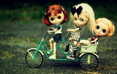 Collector Interview #7: Focus on Shannon Taylor and her special guest, Luka, the Traveling Blythe | mademoiselle blythe