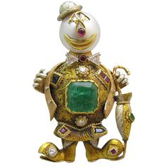 Gold Clown Brooch | From a unique collection of vintage brooches at https://www.1stdibs.com/jewelry/brooches/brooches/