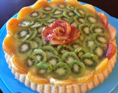 Torta con crema pasticcera con arance e kiwi