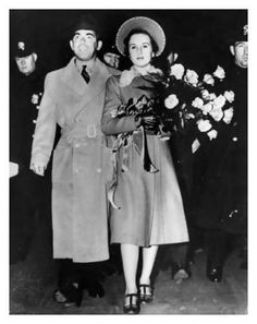 Eddie Cantor & Deanna Durbin arriving in New York City in 1938