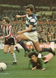 Sheffield Utd 0 QPR 0 in Feb 1976 at Bramall Lane. Don Masson beats the keeper but still didn't score #Div1