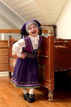 2012-20 Beltestakk festdrakt | Gjestal Jumpers, Norway, Harajuku, Knit Crochet, Sewing, Knitting, Children, Education, Style