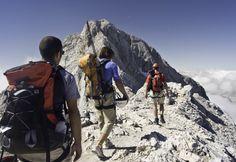Hochtourenkurs für Einsteiger und Anfänger.  Steigeisentechnik, das Gehen am Seil und Spaltenbergung lernen im vergletscherten #Hochgebirge. #Wandertouren im vergletscherten Hochgebirge sind herrlich und ein #Erlebnis. Um aber all dies unbesorgt zu erleben benötigt man viel Know How. Dieses Wissen vermittelt dir unser #Bergführer im Hochtourenkurs. #Workshop #Wanderung jetzt bei #Royalticket buchen.