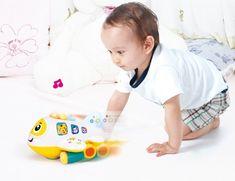 Jucarie Avionul cu activitati pentru copii – jucarie interactiva cu lumini si sunete care va oferi copilului dumneavoastra momente pline de distractie si veselie. Toy Story, Toys, Children, Face, Activity Toys, Young Children, Boys, Clearance Toys, Kids