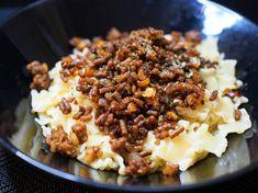 Iso lihapiirakka - Mukana Maku Macaroni And Cheese, Ethnic Recipes, Food, Mac And Cheese, Essen, Meals, Yemek, Eten