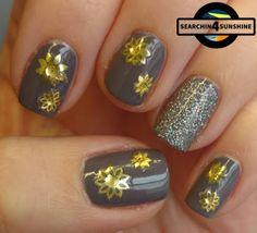 Searchin 4 Sunshine: [Nails] Sunday Flower Nails mit essence 08 my dear reindeer