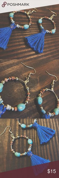 Boho Chic Gold Handmade Hoop Earrings Stunning Boho Chic Gold Handmade Hoop Earrings! Made by yours truly! I love these earrings because if you're like me, I've had my ears pierced since I was a baby, so if earrings are even a tad heavy then my ear lobes sag. These beautiful pieces are handmade and I have a every color string imaginable. If you're interested in a custom pair makes sure to comment below!  I can even add certain color beads you may want! Make sure to follow BeadnBoujie on…