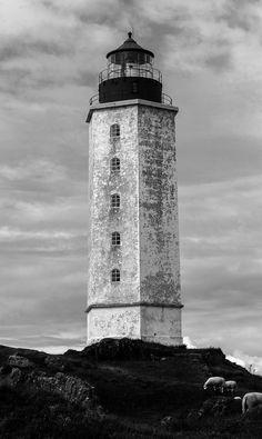 Lighthouse by Frederik Alexander Wik, via 500px