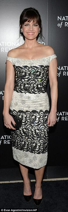 Eye-catching: Spy Kids actress Carla Gugino wore a spectacular dress that called attention. Carla Gugino, Old Hollywood Glamour, Party Fashion, Women's Fashion, Red Carpet Dresses, Red Carpet Looks, Hottest Models, Bikini Fashion, Celebrity Pictures