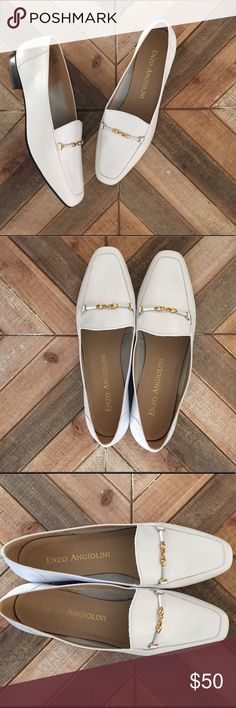 Enzo Angiolini Leather Flats These white leather oxfords scream style and sophistication! Enzo Angiolini white leather flat loafers. Excellent condition. Size 9 1/2 M Enzo Angiolini Shoes Flats & Loafers