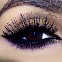 Nude Eye Makeup - Cat Eyeliner - Purple and Gold Lower Lash Line - Long Wispy Lashes