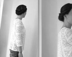 Sois belle et parle pour Franck Provost -  Kit Expert Chignons Franck Provost, Backless, Kit, Fashion, Bun Hairstyle, Accessories, Moda, Fasion, Fashion Illustrations