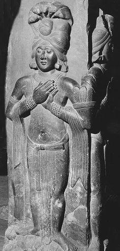 Yashas on pillar of western gateway, Sanchi
