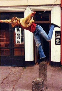 Kurt Cobain outside the Old Grand Parade Hotel, Cork City, 1991