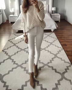 Genius Summer Outfits You Will Love Business Casual Outfits, Preppy Outfits, Fall Outfits, Summer Outfits, Beige Outfit, Neutral Outfit, Cold Weather Fashion, Black Long Sleeve Dress, Elegant Outfit