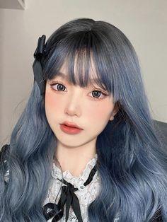 Hair Barrettes, Hair Clips, Medium Hair Styles, Long Hair Styles, Girl Hair Colors, Korean Girl Photo, Image Fashion, Silk Hair, Cute Makeup