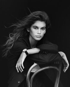 Kaia Gerber stars in OMEGA Trésor watch campaign by Peter Lindbergh Model Poses Photography, Photography Women, Editorial Photography, Glamour Photography, Photography Magazine, Fashion Photography, Lifestyle Photography, Pose Portrait, Female Portrait