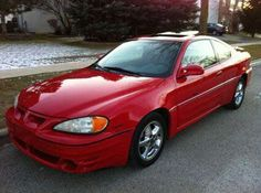 2001 Pontiac Grand Am GT. My car, Rosita, looks exactly like this. I have to trade her in soon and I will miss her something fierce.
